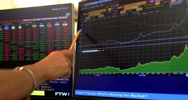 Fondi pensione e assicurazioni fra i maggiori investitori del nuovo Btp 1 marzo 2041 (Isin IT0005421703). Più dei tre quarti dei titoli di stato in mano straniere.