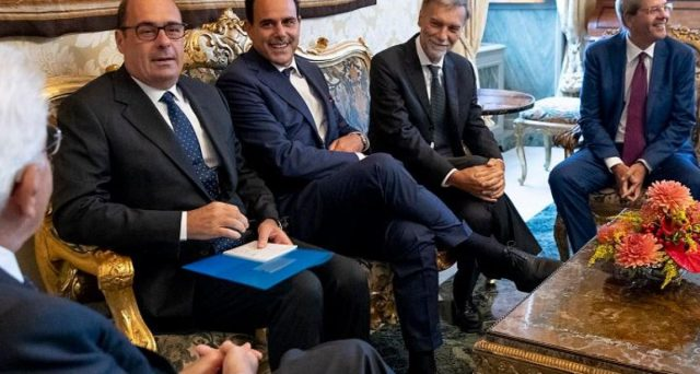 Rendimenti italiani e spread in risalita dopo che il segretario PD, Nicola Zingaretti, è uscito dal colloquio con il presidente Sergio Mattarella. La crisi di governo fino a stamattina non aveva preoccupato granché, ma continuerà ad essere così?