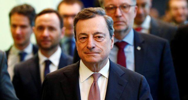 I rendimenti dei titoli di stato collassano ulteriormente nell'Eurozona dopo il comunicato con cui la BCE ha reso nota l'adozione di nuovi stimoli monetari. E i BTp segnano nuovi record.