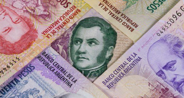 Le obbligazioni di stato dell'Argentina si avviano verso un'altra ristrutturazione, a distanza di soli 14 anni dal primo accordo trovato con i creditori dopo il default di inizio millennio. L'annuncio avverrebbe dopo le elezioni di ottobre.