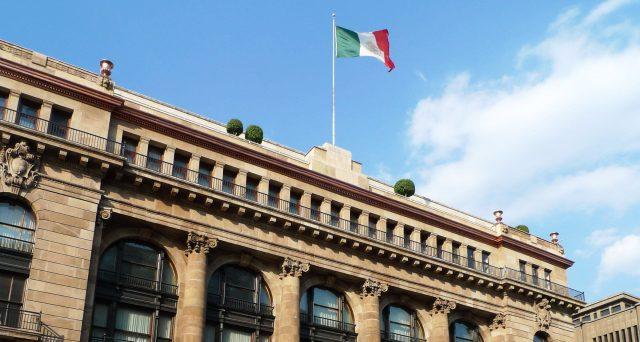 Grandi banche nel mirino delle agenzie di rating sullo scandalo che riguarda la presunta manipolazione del mercato sovrano messicano.