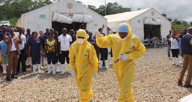 Le obbligazioni Ebola puntano a coinvolgere i capitali privati nella lotta al virus letale in Africa, attraverso un meccanismo incentivante per il quale al momento mancano all'appello diversi morti.