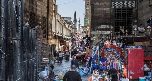 Green bond, Sukuk e cedole variabili per le prossimi emissioni in Egitto. Il Cairo alletta i mercati internazionali con rendimenti reali ancora nettamente positivi e un cambio in rafforzamento.