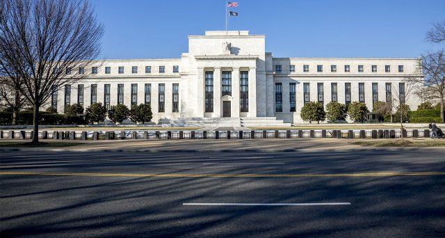 La Federal Reserve ha smesso di tagliare i tassi negli USA e i rendimenti dei titoli del Tesoro confermerebbero la pausa in corso. Vediamo nei dettagli i segnali.