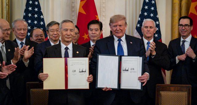 Moody's potrà accedere al mercato obbligazionario cinese dopo la sottoscrizione dell'accordo commerciale USA-Cina. I rating su 14.000 miliardi di dollari di bond si mostrano ad oggi non credibili, ma sull'effettiva apertura di Pechino vi sono dubbi.