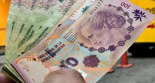 Gli obbligazionisti del bond 2021 della provincia di Buenos Aires avranno tempo fino alla fine del mese per decidere se accettare o meno la proposta del governatore di rinviare il pagamento di circa tre mesi ad inizio maggio.