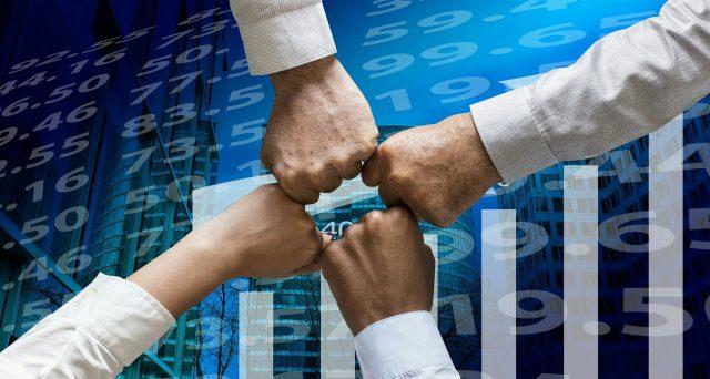Bond Intek 2025 e tasso fisso al 4,50%. L'emittente propone un'offerta di scambio alla pari con le obbligazioni in scadenza a febbraio e cedola 5%. Vediamo i dettagli dell'operazione e la sua reale convenienza.