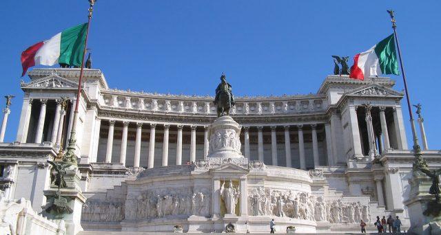 Il debito obbligazionario di Roma è stato accollato allo stato e nell'ultimo anno ha registrato una forte impennata di prezzo sul mercato secondario. I creditori hanno potuto sorridere.