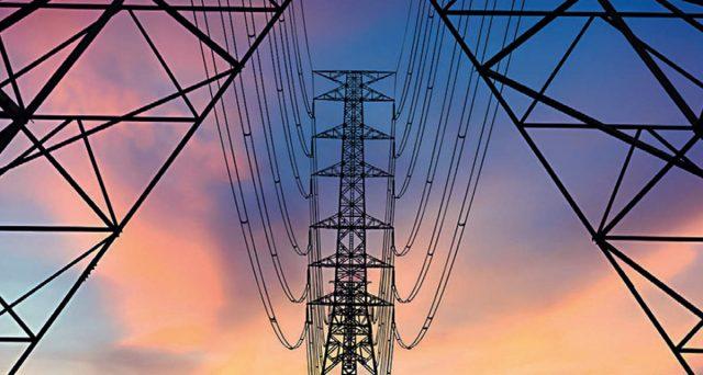 L'emissione obbligazionaria in dollari più grande di sempre in India per una utility. Adani ha raccolto sui mercati 1 miliardo di dollari, attirando ordini per quasi 6 volte maggiori. Rendimento interessante.