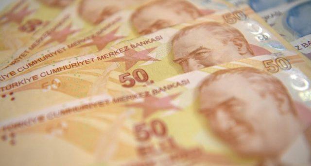 Rendimenti turchi a 2 anni scesi sotto il 10% venerdì scorso, ma in risalita oggi sul dato dell'inflazione a gennaio. E la lira turca si deprezza contro il dollaro ai minimi da 21 mesi.