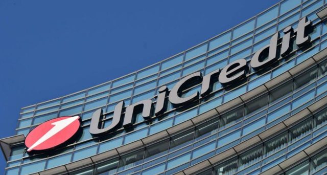 Unicredit, successo per bond AT1