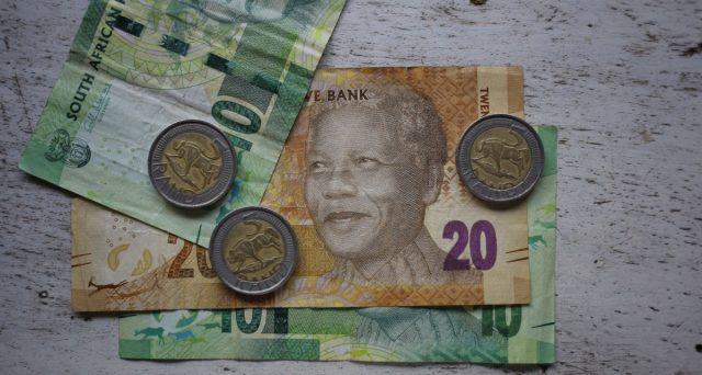 Il rating del Sudafrica è stato declassato a
