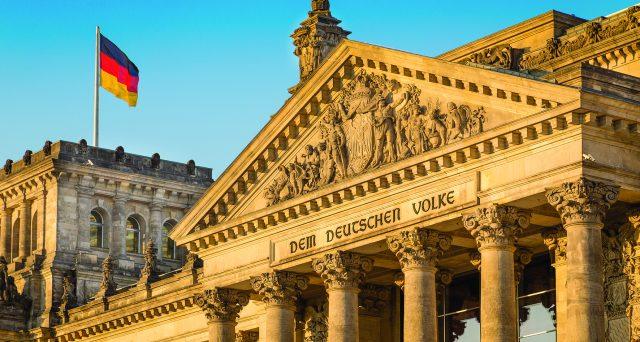 Rendimenti obbligazionari in crescita e prezzi in forte caduta, specie per i bond con cedole basse. E a pagare pegno sono particolarmente i titoli tedeschi.