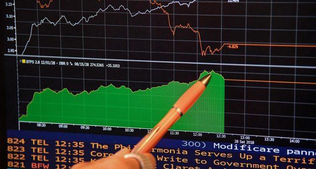 Rendimenti BTp in forte crescita, spread mai così alto sotto il governo
