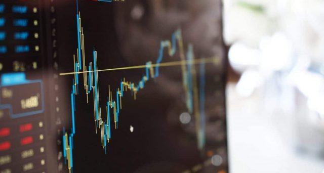 Il Sudafrica taglia i tassi e i rendimenti dei bond sovrani, anziché scendere, accelerano al rialzo. Ecco come si spiega l'apparente incongruenza.