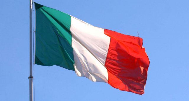 Rating sovrano italiano confermato dall'agenzia Standard & Poor's, che ha tenuto l'outlook a