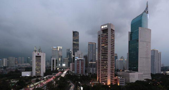 Obbligazioni di stato in dollari a 50 anni. E' stata la prima emissione su questa scadenza in Asia ed è avvenuta in Indonesia. Condizioni allettanti su questo mercato emergente.