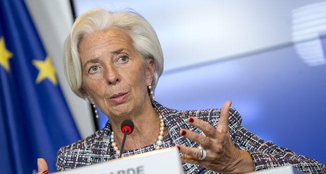 Tassi d'interesse a zero ancora per molto tempo. La Bce proseguirà col programma di acquisto bond al ritmo di 20 miliardi al mese.