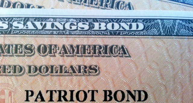 Titoli del debito pubblico emessi a condizioni di favore per i cittadini americani e a tassi d'interessi elevati. Si chiamano