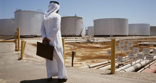 Le obbligazioni del colosso petrolifero saudita hanno offerto guadagni a doppia cifra lungo la curva delle scadenze, malgrado i grossi problemi accusati dalla materia prima in questi mesi di
