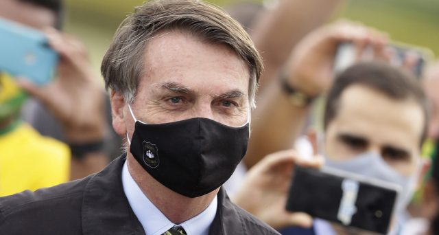 Il presidente brasiliano già in fase di recupero dal Coronavirus. Sul mercato obbligazionario si respira un'aria tranquilla, malgrado il contraccolpo all'economia emergente.