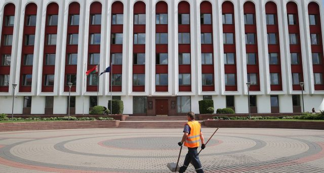 Le obbligazioni di stato della Bielorussia soffrono il caos post-elettorale e scontano tensioni nel breve periodo. I rendimenti sono allettanti. Bisogna comprare?