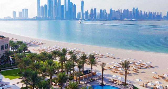 Dubai e Bahrein hanno affidato alle banche il compito di collocare sui mercati internazionali nuovi titoli del debito, dovendo combattere gli effetti disastrosi per le loro economie dell'emergenza Covid.