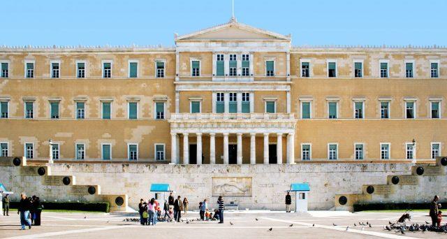 Le obbligazioni ventennali di Atene hanno registrato un'ottima performance e hanno fruttato guadagni stratosferici a chi le aveva acquistate subito dopo l'emissione di fine 2017.