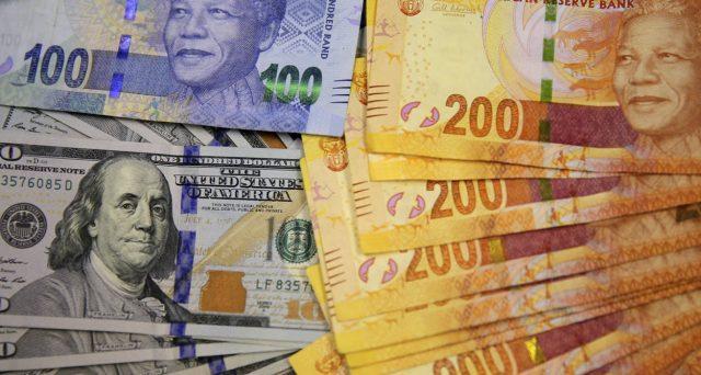 Bond Sudafrica in flessione sul rand debole