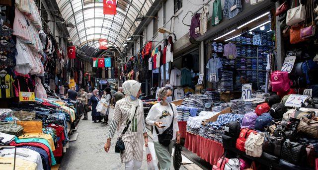 Bond Turchia in crollo verticale