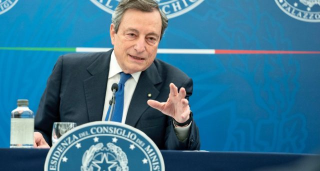 La risalita dei rendimenti lega le mani a Draghi