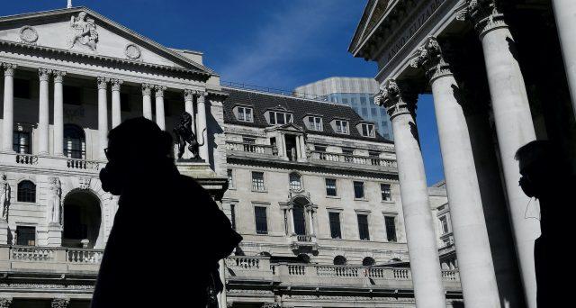 Crollano i bond con rendimenti negativi