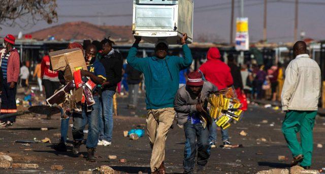 Bond sudafricani, preoccupano gli scontri violenti