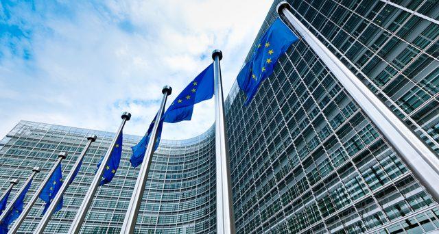 Bond UE, rendimenti in risalita