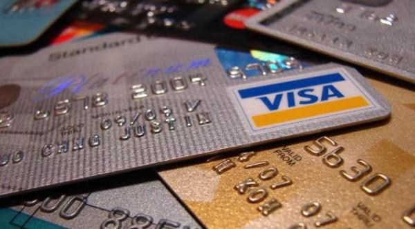 Come comportarsi quando ci rubano la carta di credito, clonano il bancomat o la carta si smagnetizza?