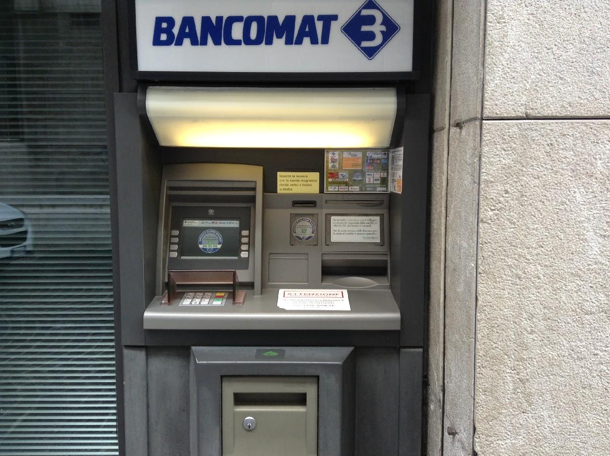 Da inculare al bancomat 3