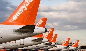 Stai cercando voli low cost per prenotare le vacanze dell'estate 2016? Ecco le proposte di Easyjet, una delle compagnie low cost più usate: quali sono le offerte e quando scadono