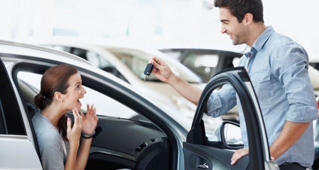 Prestiti auto, la soluzione per chi non ha l'intera cifra per l'acquisto di un veicolo. Come funzionano? E c'è differenza tra auto nuova e auto usata?