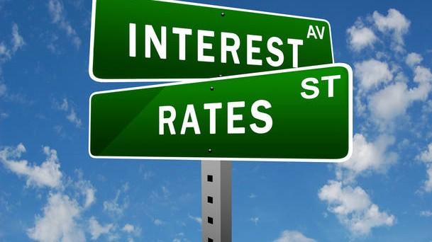 Gli swap sui tassi sono contratti derivati di tutela contro il rischio derivante dai movimenti degli interessi sul mercato. Vediamo come funzionano.