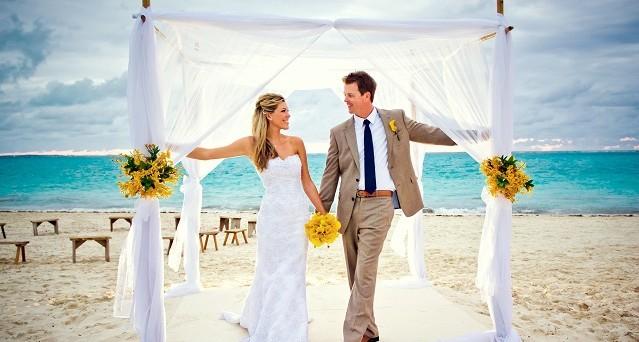 Le alternative al matrimonio tradizionale permettono di risparmiare fino al 70%, vediamone alcune.
