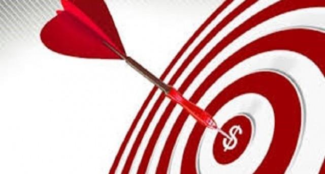 Strike price, ecco la definizione e il suo significato economico. Parliamo dei contratti di opzione, ovvero di derivati.