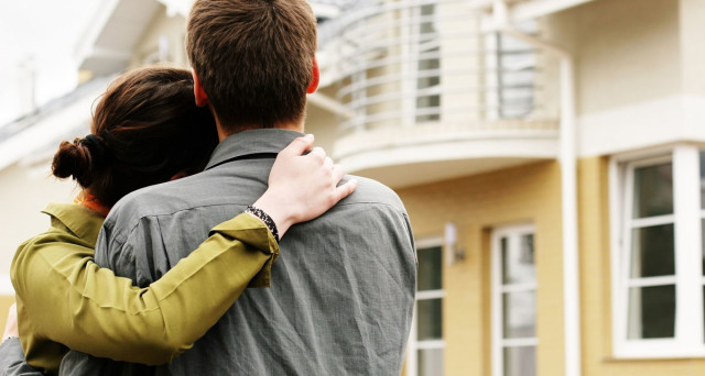 Prima di comprare casa, bisogna effettuare i dovuti controlli: ecco 7 punti  fondamentali da verificare per poter vivere in modo sereno e senza brutte sorprese.