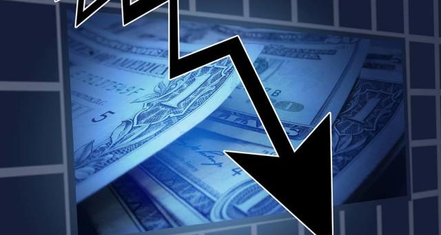 Investire in azioni in tempi di crisi? Sarebbe un'ottima opportunità, se scegli il modo giusto di farlo. Ve ne presentiamo due.