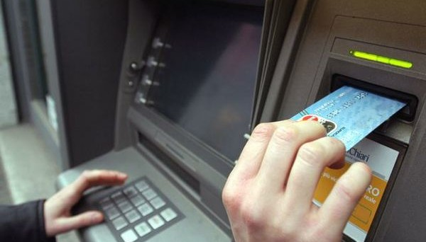Prelievi ai bancomat e allo sportello delle banche anche oltre i 3.000 euro? Facciamo chiarezza.