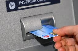 Truffa del bancomat, a dare l'allarme le forze dell'ordine: ecco come vi derubano