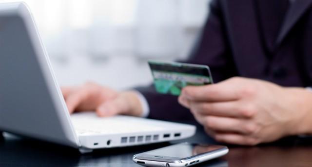 Conti correnti, spionaggio banche contro truffe online