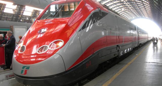 Nuove offerte Italo e Trenitalia per viaggiare da ottobre con l'extra sconto sulla tariffa supereconomy e sconti del 40% sulla tariffa low cost.