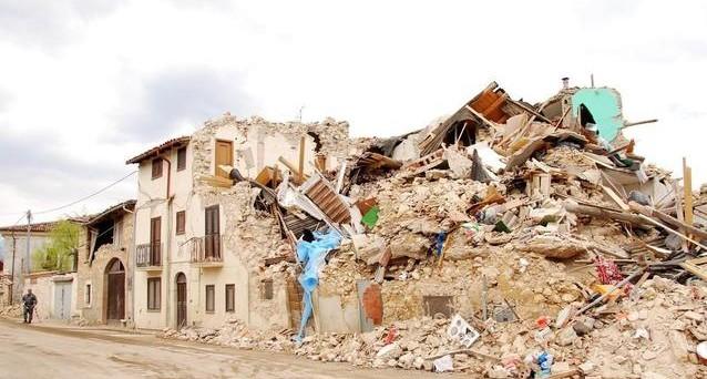 Assicurazione casa costerebbe meno della ricostruzione