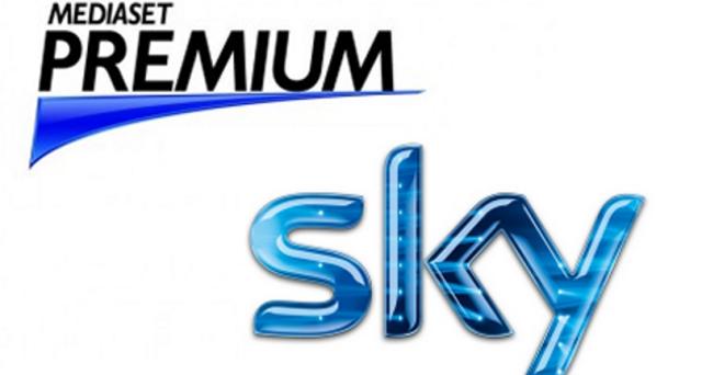 Ecco le offerte di Sky e Mediaset Premium per la stagione 2016-2017 per visionare la serie A Tim, la Champions League e l'Europa League.