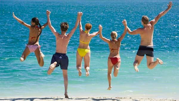 Vacanze estive, risparmiare con qualche accorgimento